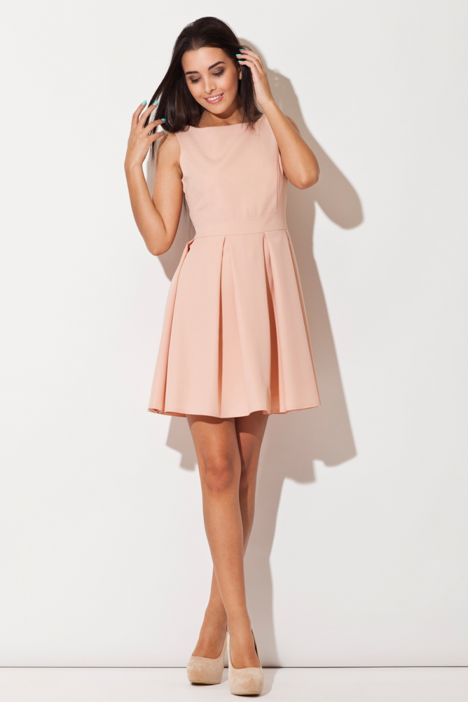 Розовые платья выше колена