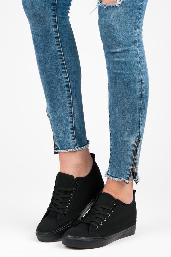 7ea82a5ad9 Trendy letné látkové tenisky v čiernej farbe