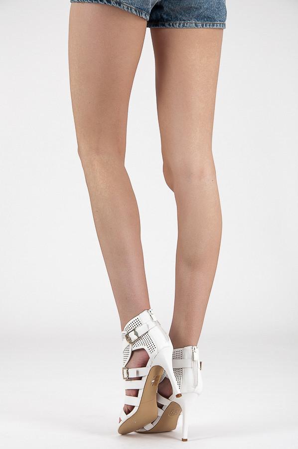 fd28da0333f4 ... Ažurové biele rímske dámske sandále