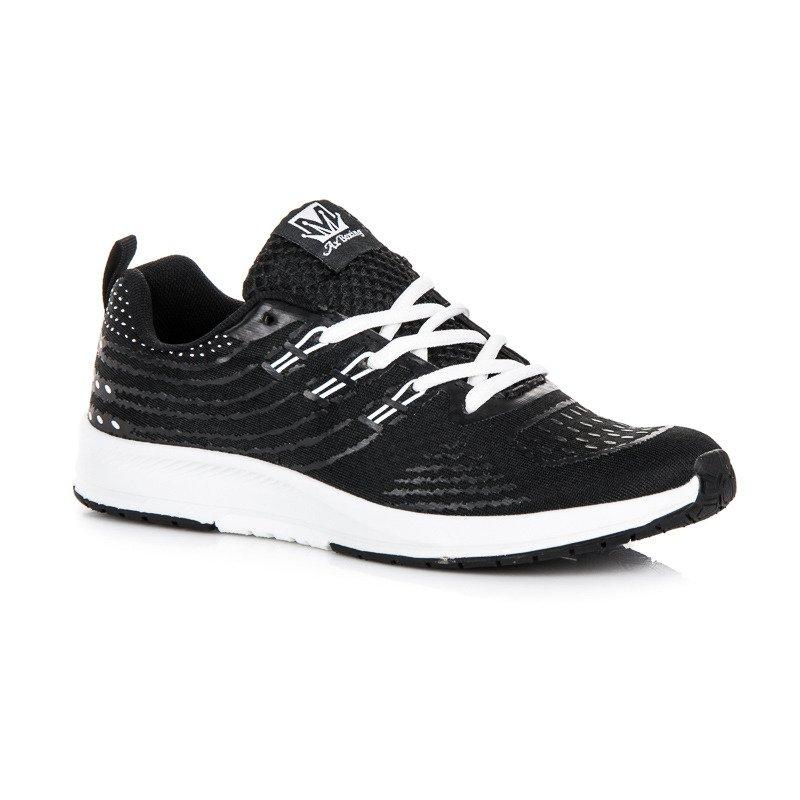 Bežecké čierne tenisky s bielymi vložkami