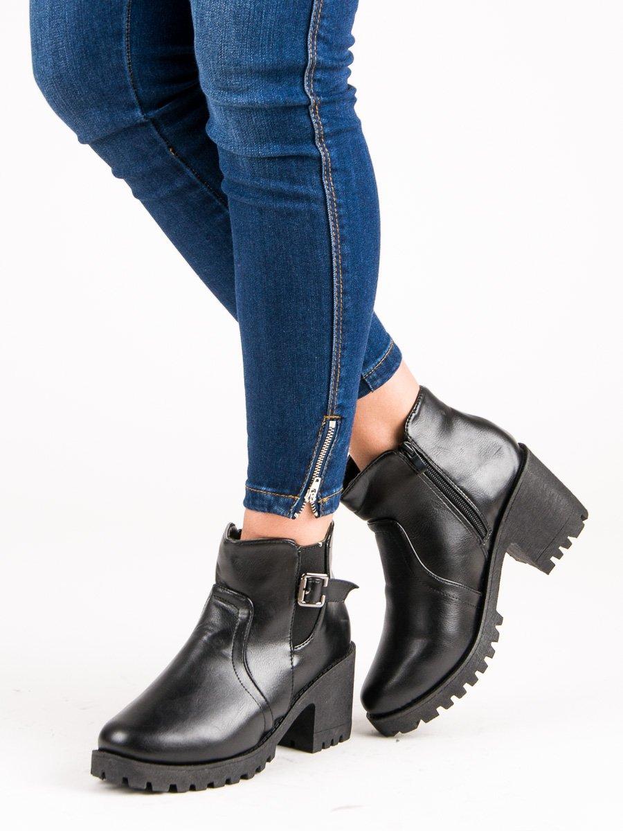 Dámske členkové topánky 48654