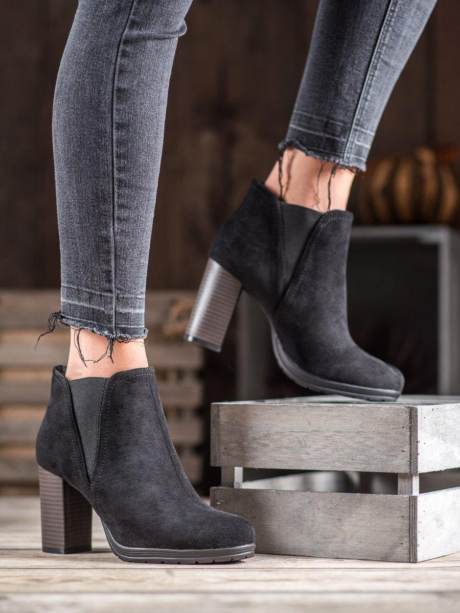 Dámske členkové topánky 60384