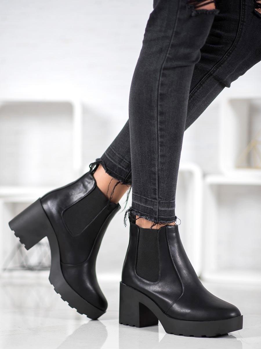 Dámske členkové topánky 60461