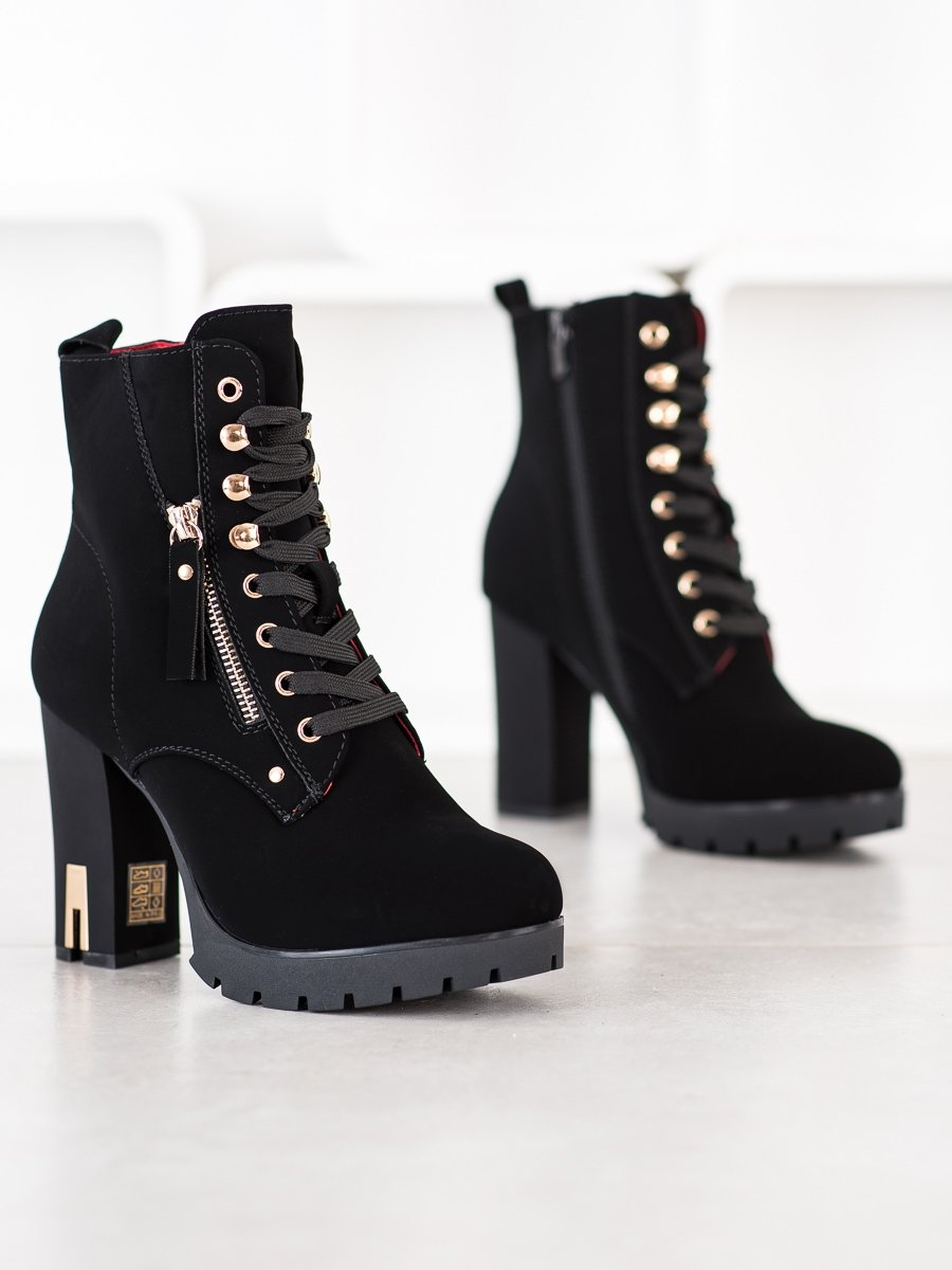 Dámske členkové topánky 68597