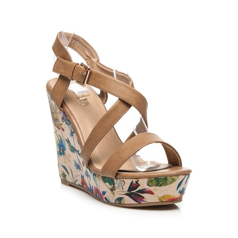fb75911dc92b Dámske khaki sandále na platforme s kvetinovým vzorom