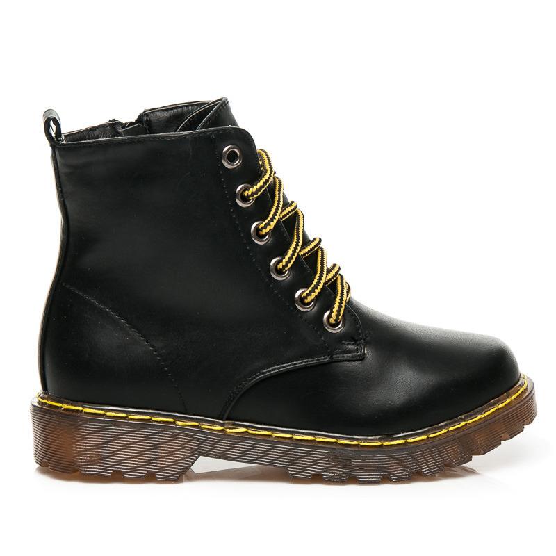 2dbf885bc016 Dámske lakované čierne členkové topánky na šnurovanie