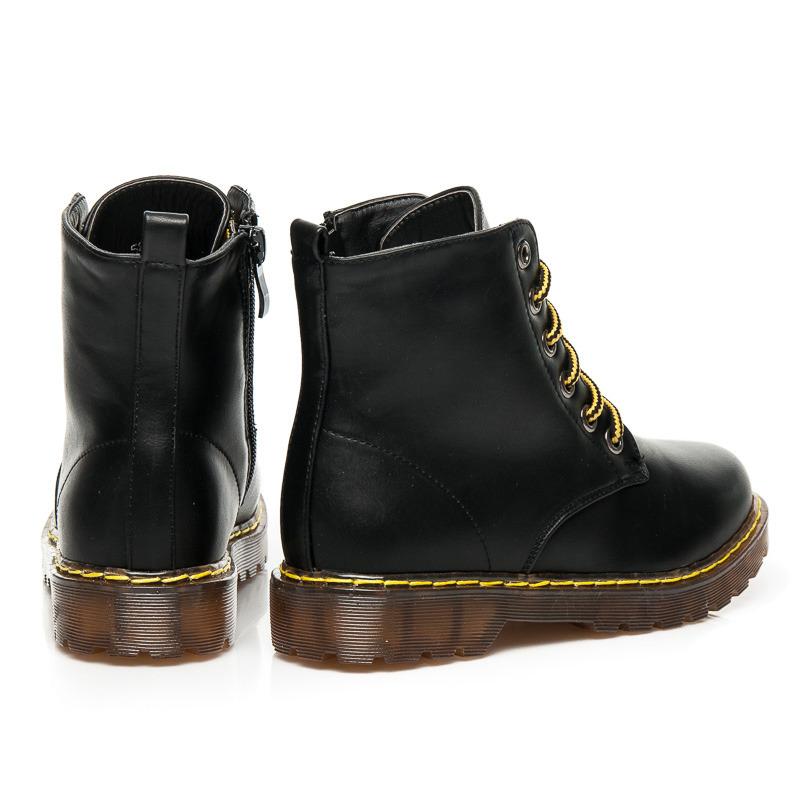 dad0b90e666c ... Dámske lakované čierne členkové topánky na šnurovanie