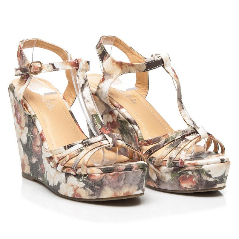 450180ead622 ... Dámske sivé sandále s kvetinovým vzorom ...