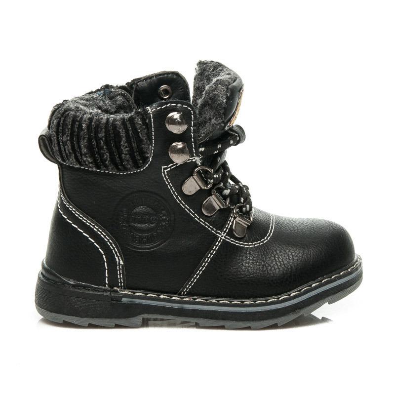 252887489dc2 Detské čierne zimné členkové topánky na šnurovanie