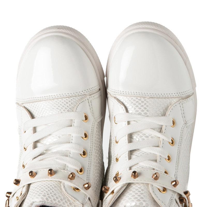 Dievčenské biele členkové tenisky s ozdobným pásikom okolo členku ... 5950e0dbbd5