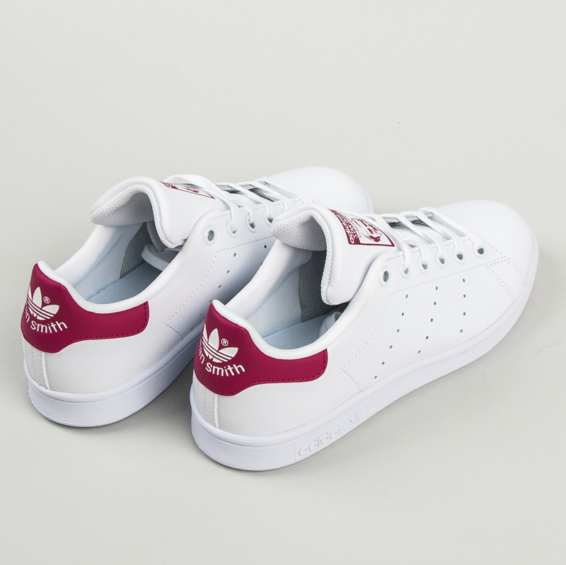 Dokonalé dámske biele tenisky Adidas  5e3c2e58fca