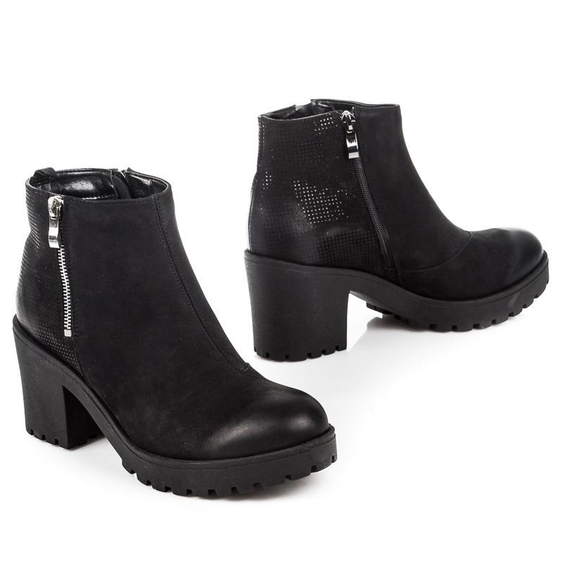 e548ae7f8 Efektné dámske čierne členkové semišové topánky s zipsom | AMIATEX.sk