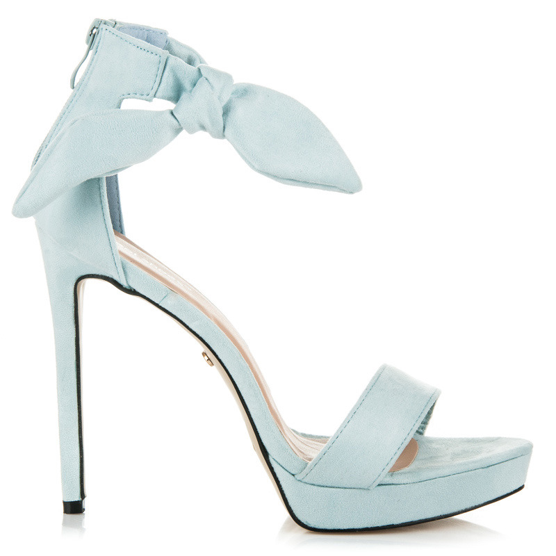 f466841aa327 Efektné modré sandále na vysokom ihlovom podpätku