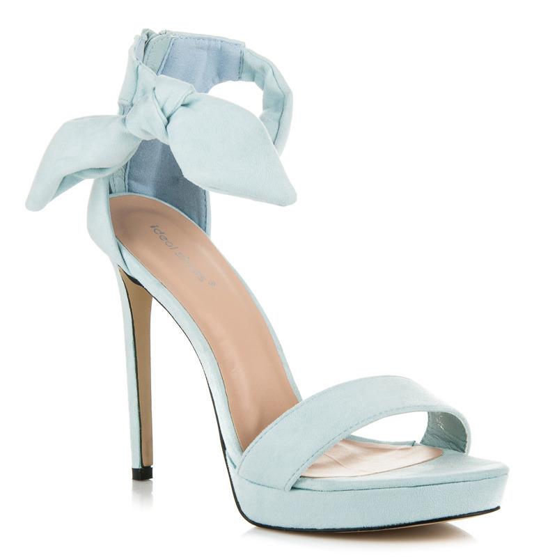 d32f9b2acc98 ... Efektné modré sandále na vysokom ihlovom podpätku ...