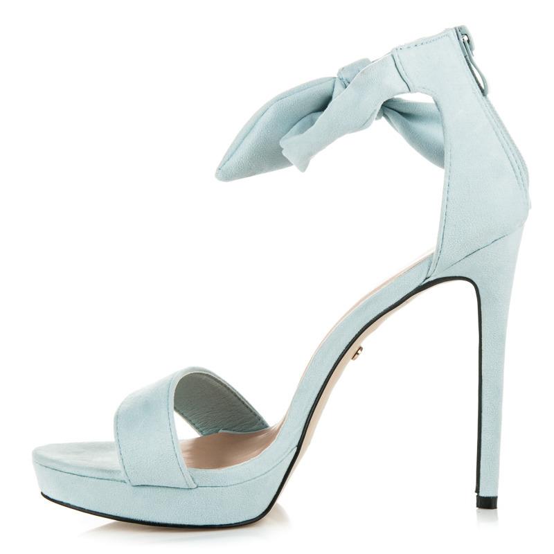 16768dd2861a ... Efektné modré sandále na vysokom ihlovom podpätku ...