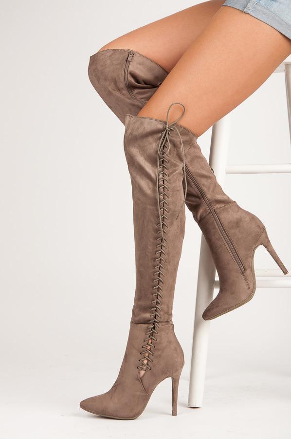 3e36ded81 Elegantné béžové semišové vysoké čižmy na ihličkovom podpätku ...