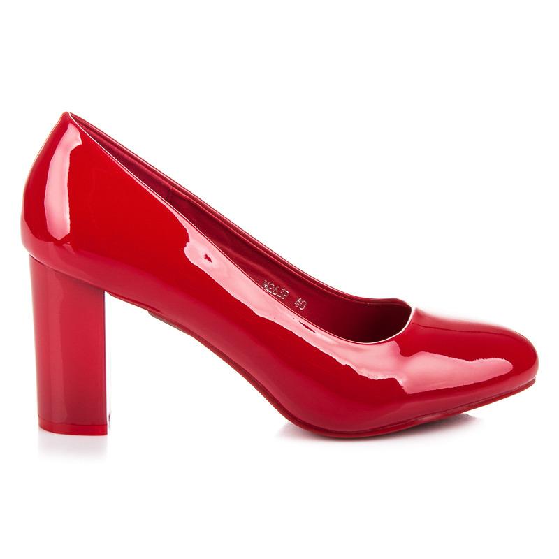 fa739c67ad0c Elegantné červené lakované lodičky na podpätku