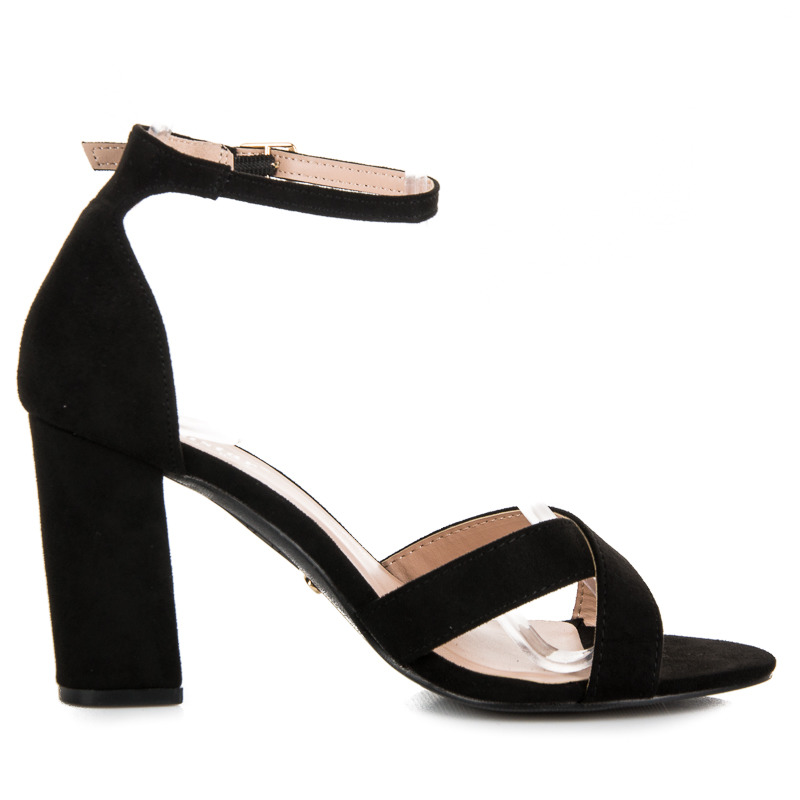 695b064b6e7da Elegantné čierne sandále na podpätku | AMIATEX.sk