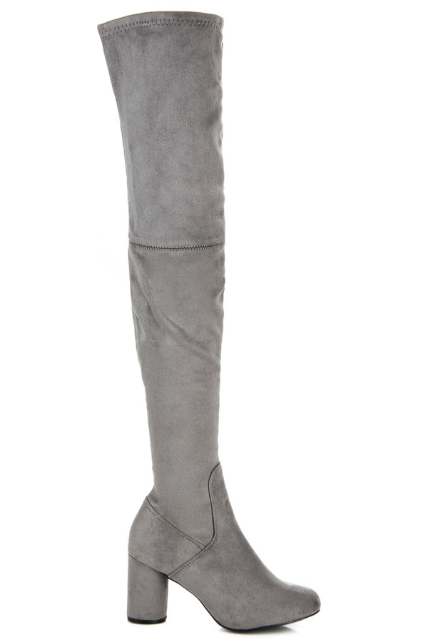 73c111eac4 Elegantné vysoké šedé semišové čižmy na podpätku