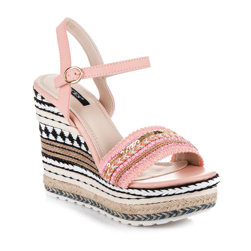 28bdb987498c5 Etnické ružové sandále s ozdobným klinom | AMIATEX.sk