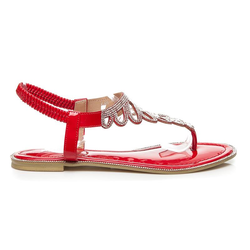 d1c60ff86dd7 Fantastické červené sandále s tenkými pásikmi a trblietavé kamienky ...