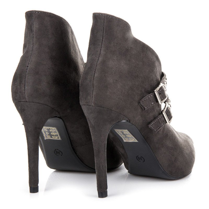 be929a1c16 ... Jarné šedé členkové topánky do špice ...