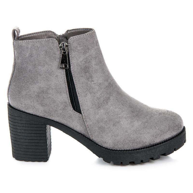 0256073102 Jesenné šedé členkové topánky na podpätku