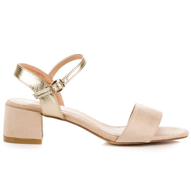 8379f12a5041 Krásne béžové sandále na nízkom podpätku
