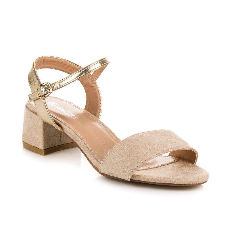 df86ddd4cd00 ... Krásne béžové sandále na nízkom podpätku ...