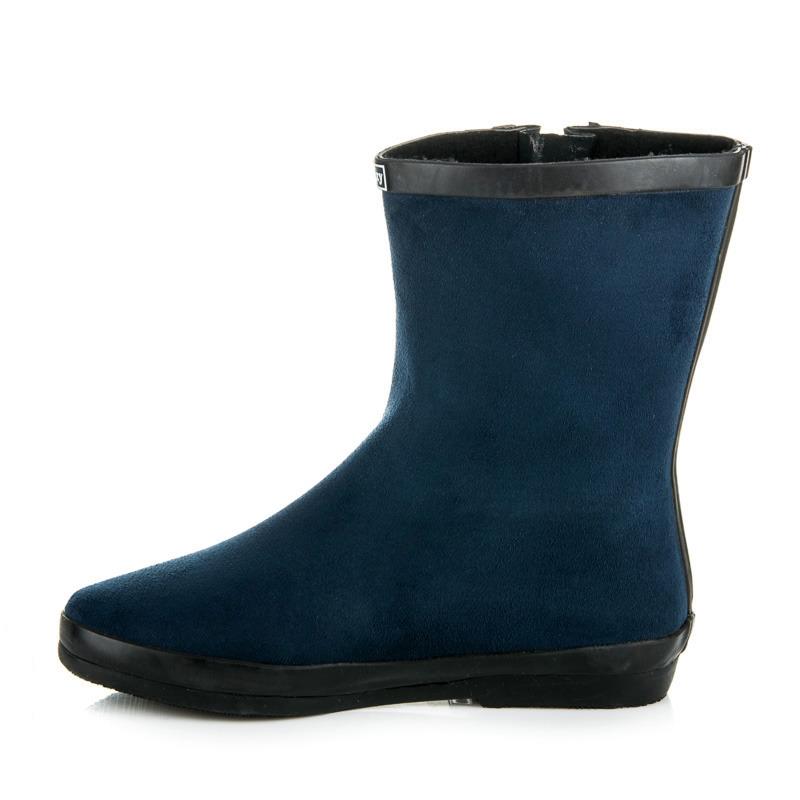 ... Krásne modré čižmy so zateplením ... d45c42aa9d1