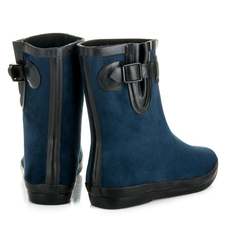 ... Krásne modré čižmy so zateplením 88ad499fb93