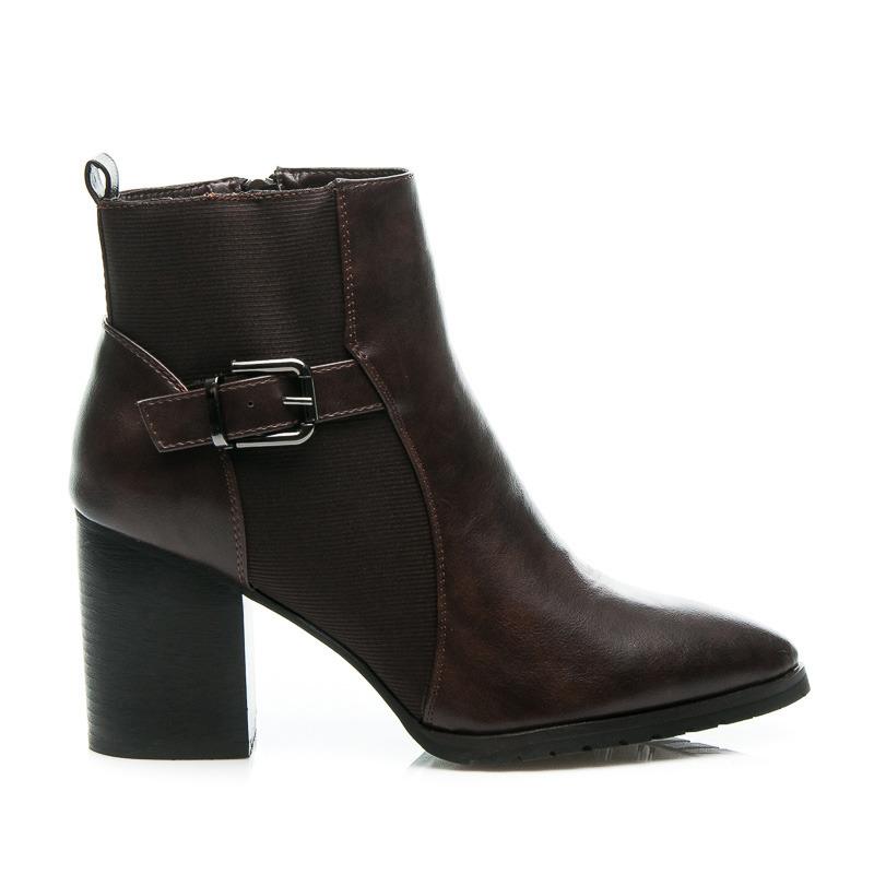 Kvalitné hnedé dámske členkové topánky