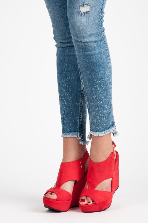 c8693d9b6e28 Luxusné červené semišové sandále na kline
