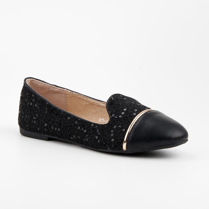 Luxusné čierne čipkované lordsy