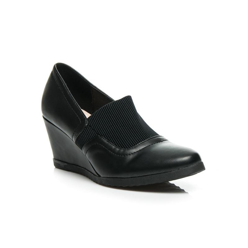 c870ed60c3 Luxusné čierne dámske poltopánky na platforme