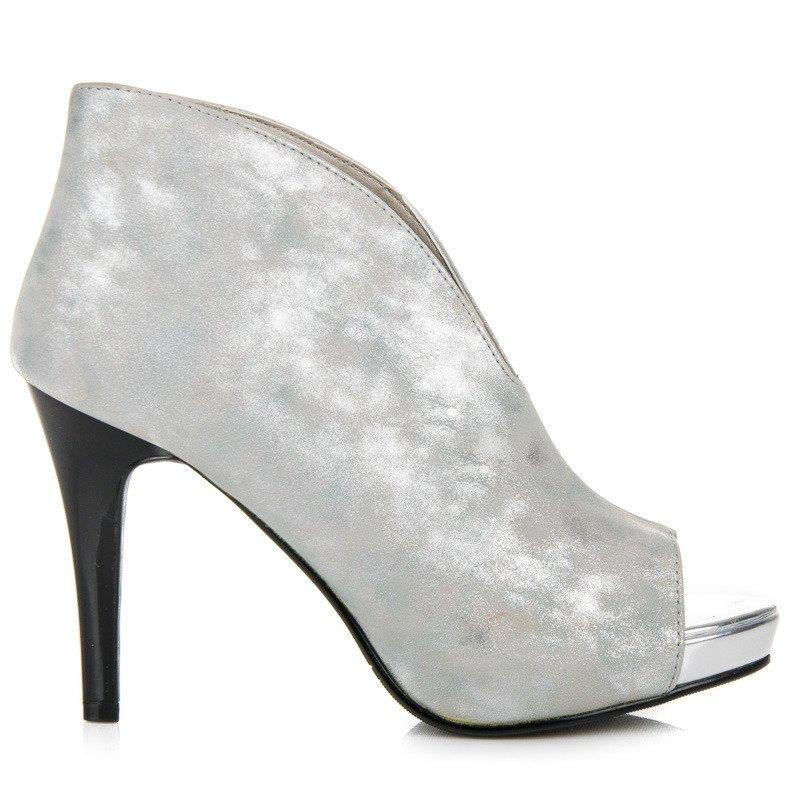 d409654392f8 Luxusné strieborné sandále s otvorenou špičkou