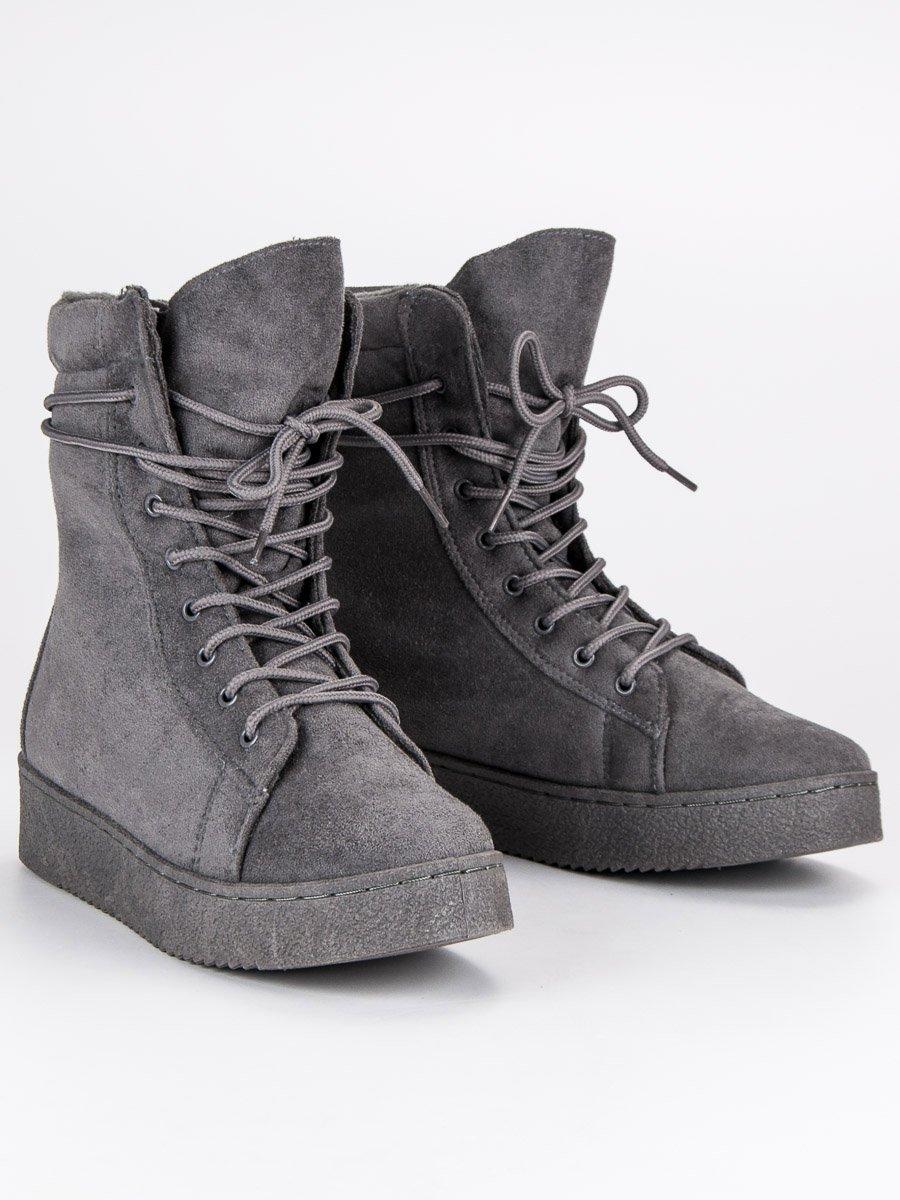 Módne šedé topánky na platforme so šnurovaním