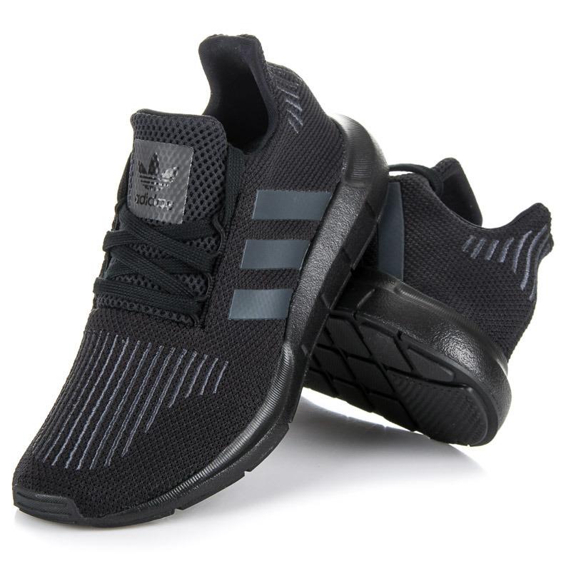a032b3a3ab8d ... Najštýlovejšie čierne dámske tenisky Adidas