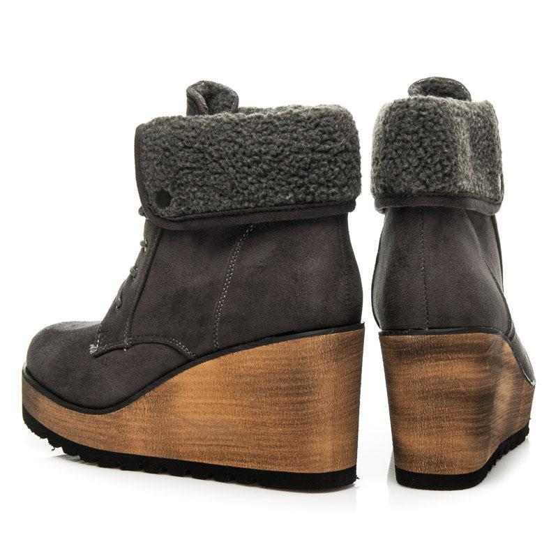 11235652c5b3 ... Netradičné šedé členkové topánky s kožušinkou