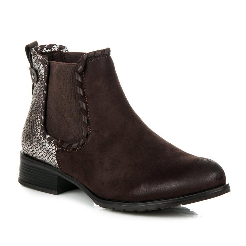 ... Nízke hnedé členkové topánky s hadím vzorom na päte ... bfe99fa7be7