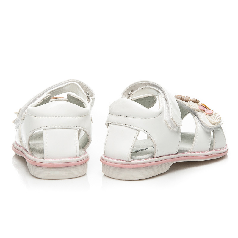 8ce9c7fc29ac ... Pôvabné lakované detské biele sandálky