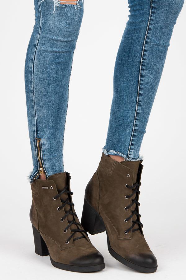 463f798bc44c Parádne olivové kožené členkové topánky na šnurovanie