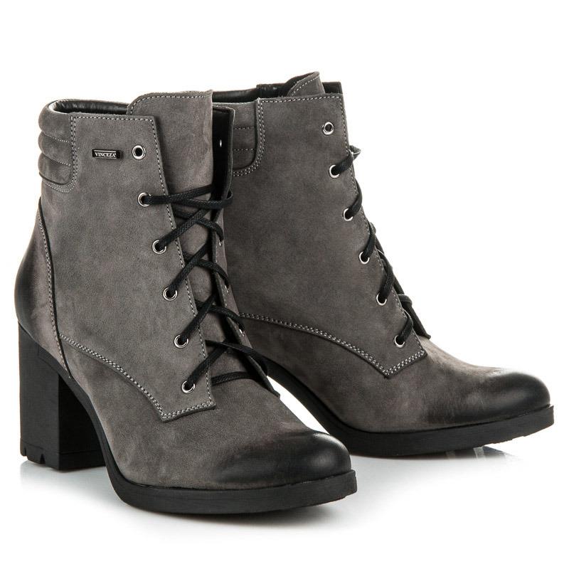1ed950454af4 ... Parádne šedé kožené členkové topánky na šnurovanie