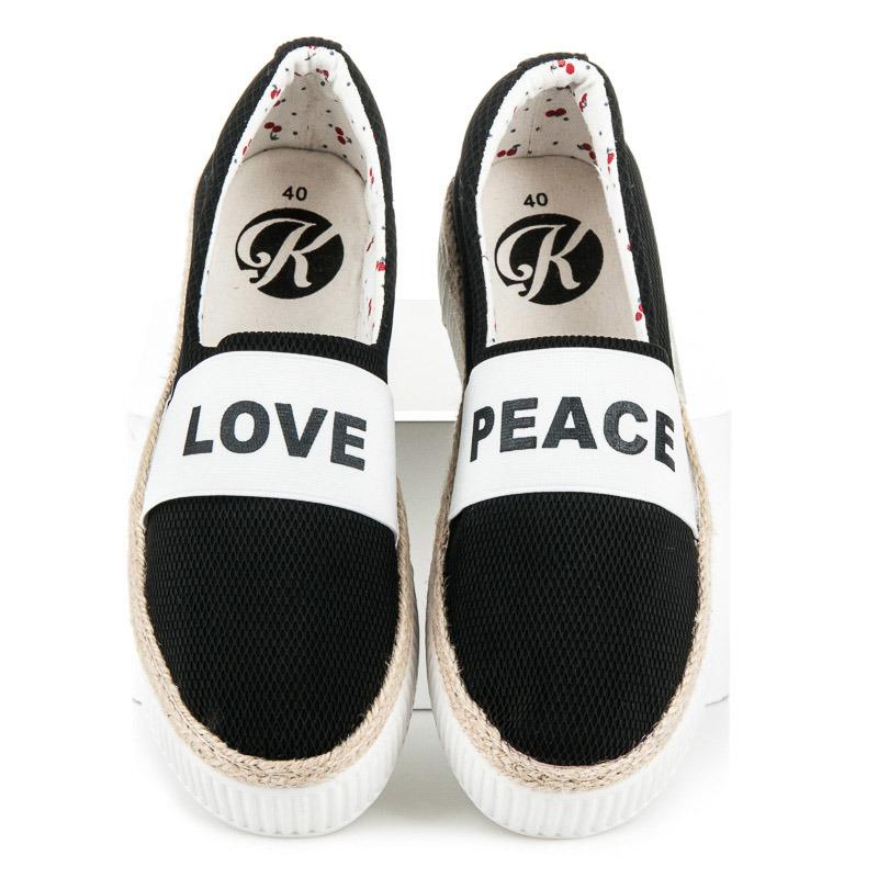 065c67d7a0 Pekné čierne tenisky s nápisom Love   Peace