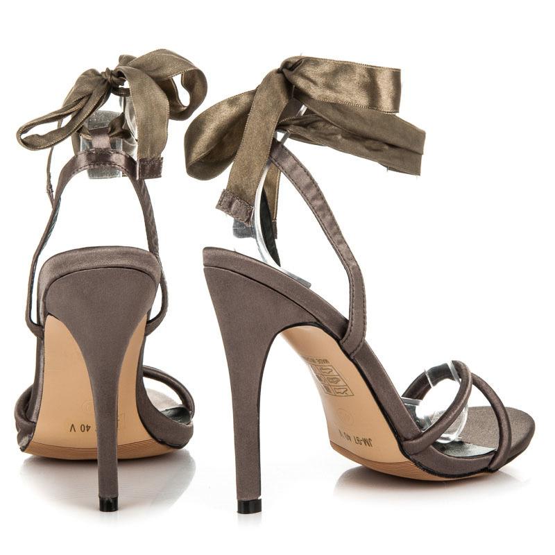 3de63dd9515d ... Pekné olivové sandále viazané stužkou