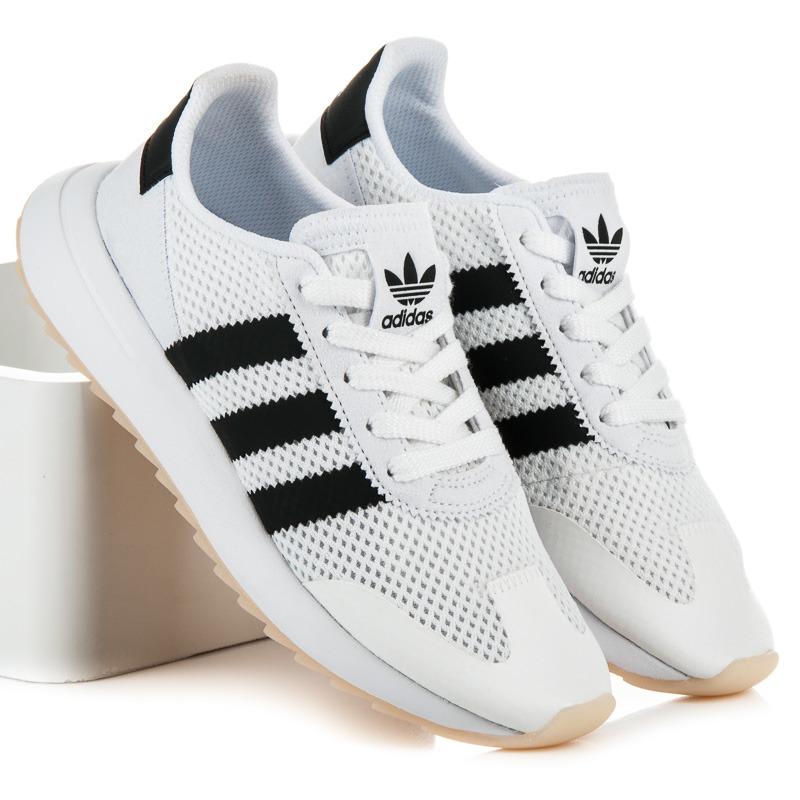 Pohodlné biele tenisky Adidas  0e91ac5fd30