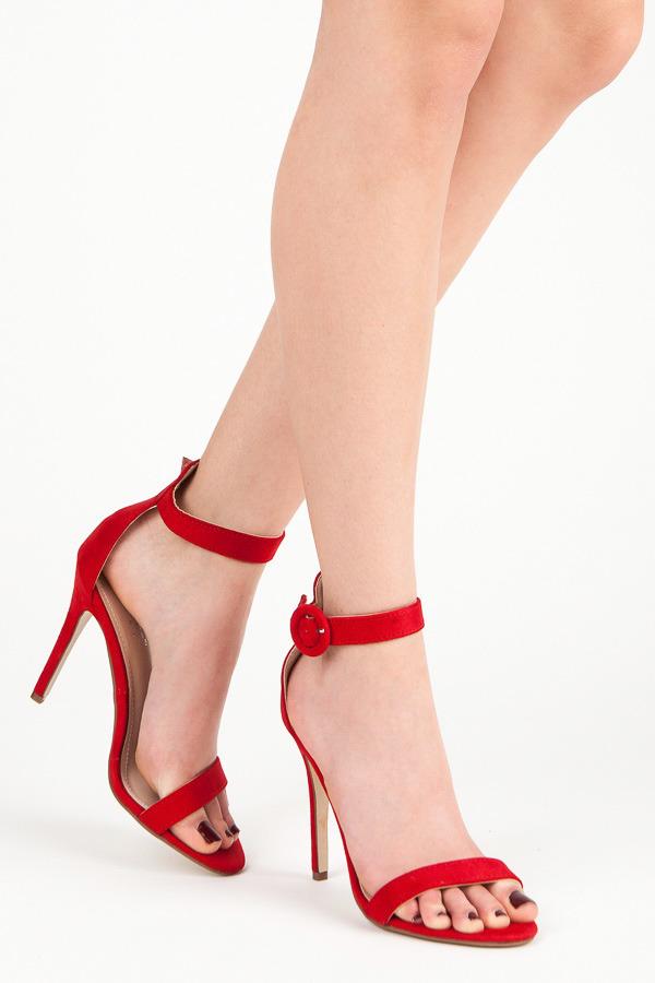 9233043e2ad8 Rozkošné červené sandále na vysokej ihle