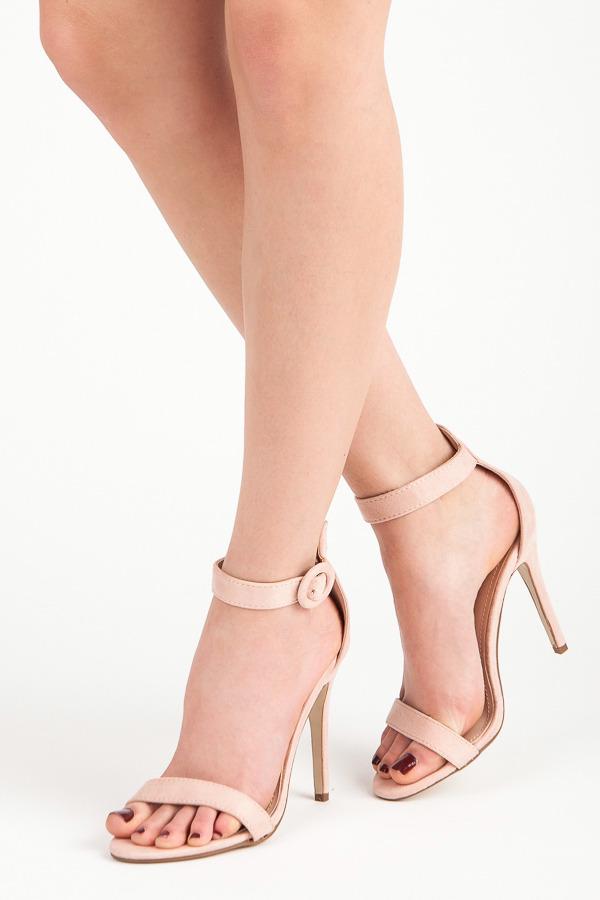 fe39c393cd60 Rozkošné ružové sandále na vysokej ihle