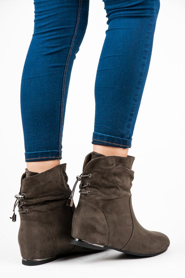 Semišové olivové členkové topánky na kline  ca566c8090c