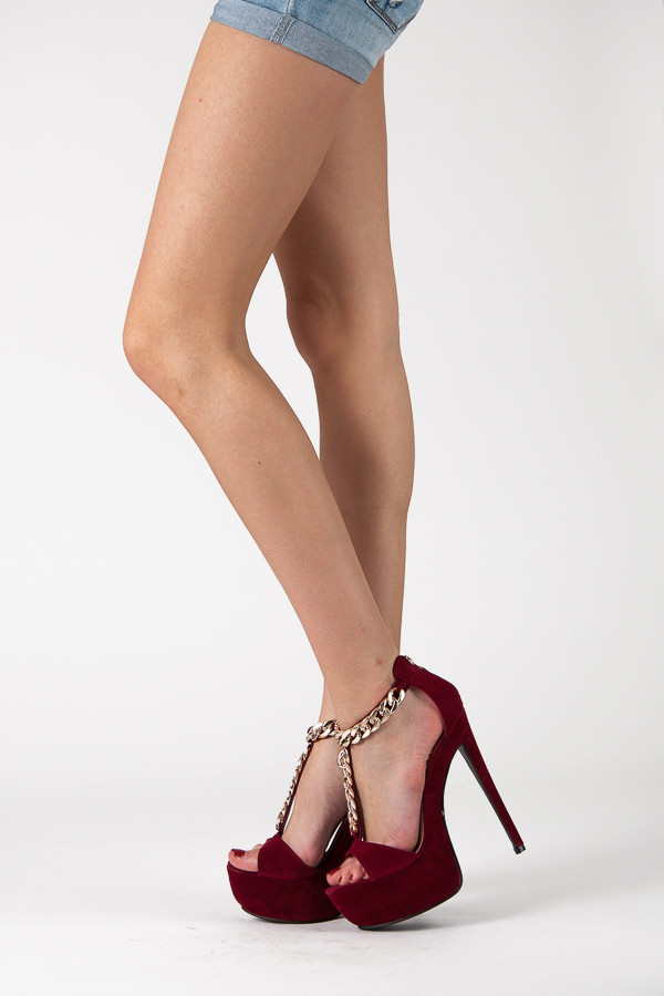 53f7d6eec75f0 Semišové vínovo červené sandále na platforme s reťazou   AMIATEX.sk